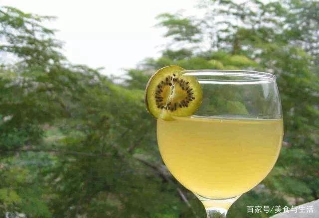 河南省栾川县野生红色猕猴桃酿造猕猴桃果酒