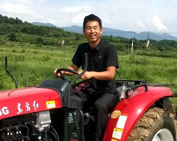 高昊昱到云南曲靖市罗平县进行猕猴桃种植技术培训